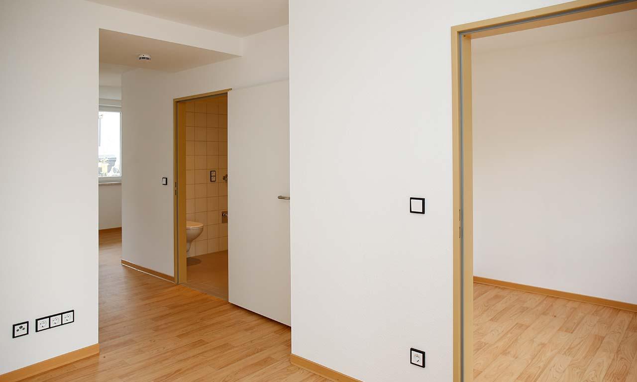 barrierefreie und behindertengerechte wohnanlage. Black Bedroom Furniture Sets. Home Design Ideas